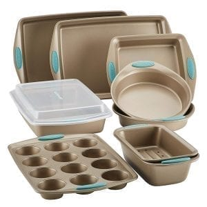 Bakeware sets-pans- for baking cakes - decorating